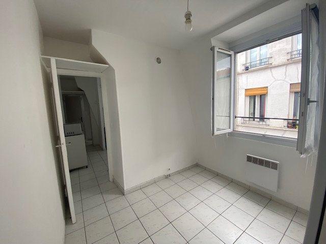 Appartement à vendre 2 19m2 à Paris 11 vignette-4