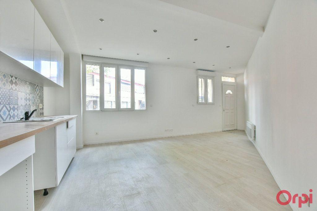 Appartement à vendre 2 45m2 à Bagnolet vignette-1