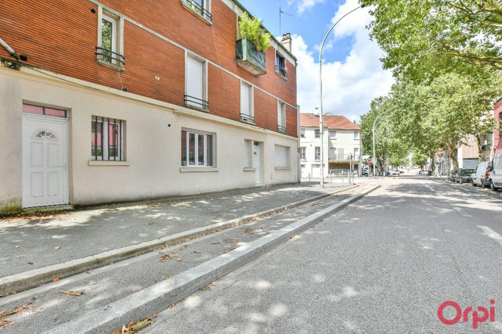 Appartement à vendre 3 60m2 à Bagnolet vignette-1