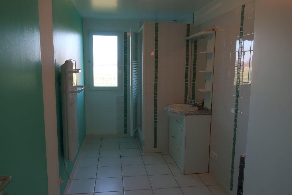Maison à louer 4 114m2 à Saint-Firmin-des-Bois vignette-3