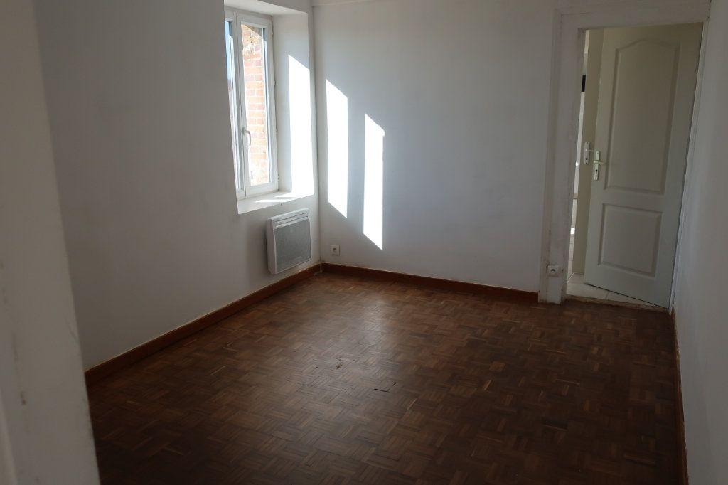 Maison à louer 4 114m2 à Saint-Firmin-des-Bois vignette-7