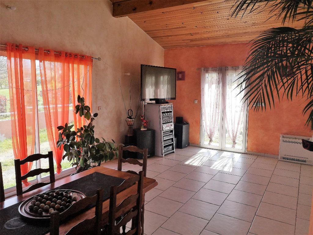 Maison à vendre 7 203m2 à Castelnau-Picampeau vignette-2