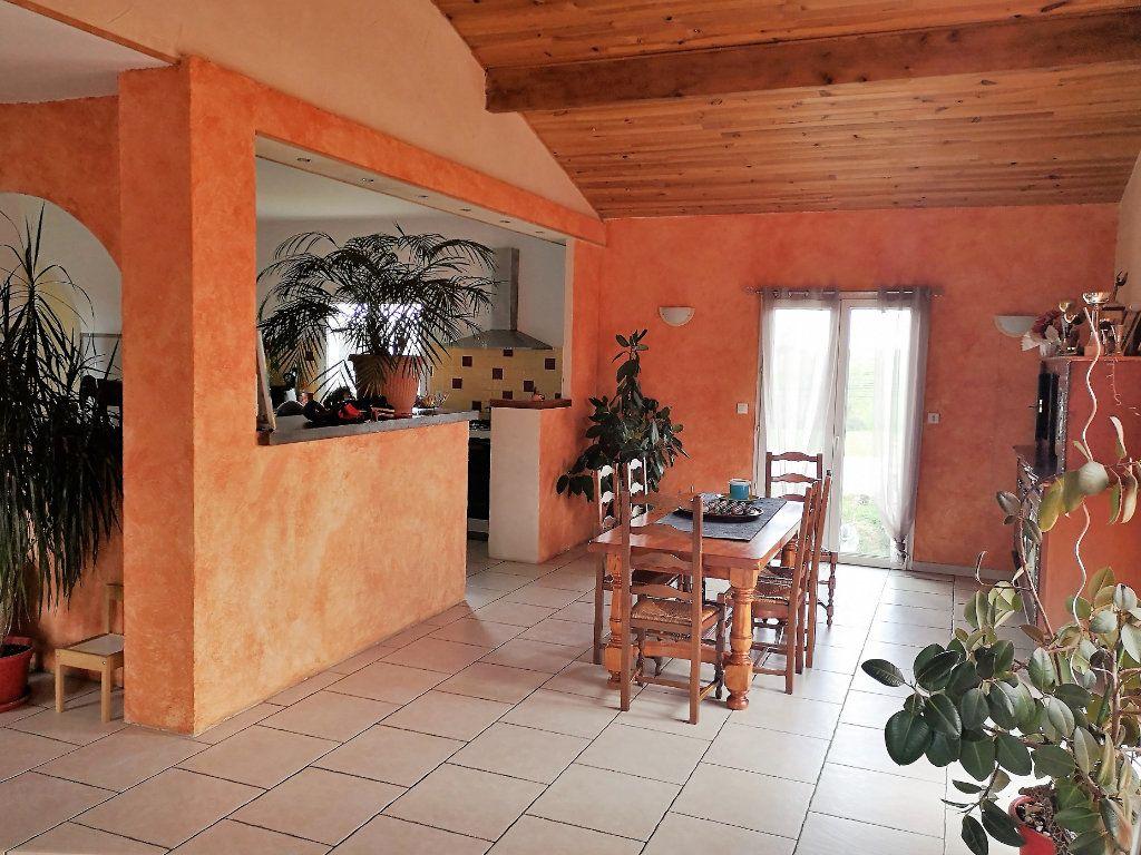 Maison à vendre 7 203m2 à Castelnau-Picampeau vignette-3