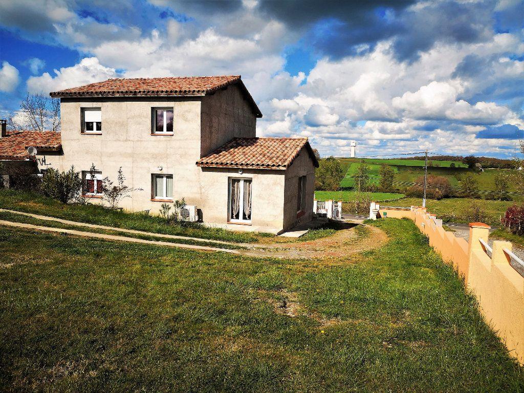Maison à vendre 7 203m2 à Castelnau-Picampeau vignette-4