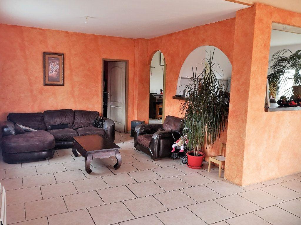 Maison à vendre 7 203m2 à Castelnau-Picampeau vignette-6