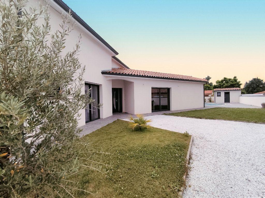 Maison à vendre 7 199m2 à Lamasquère vignette-3
