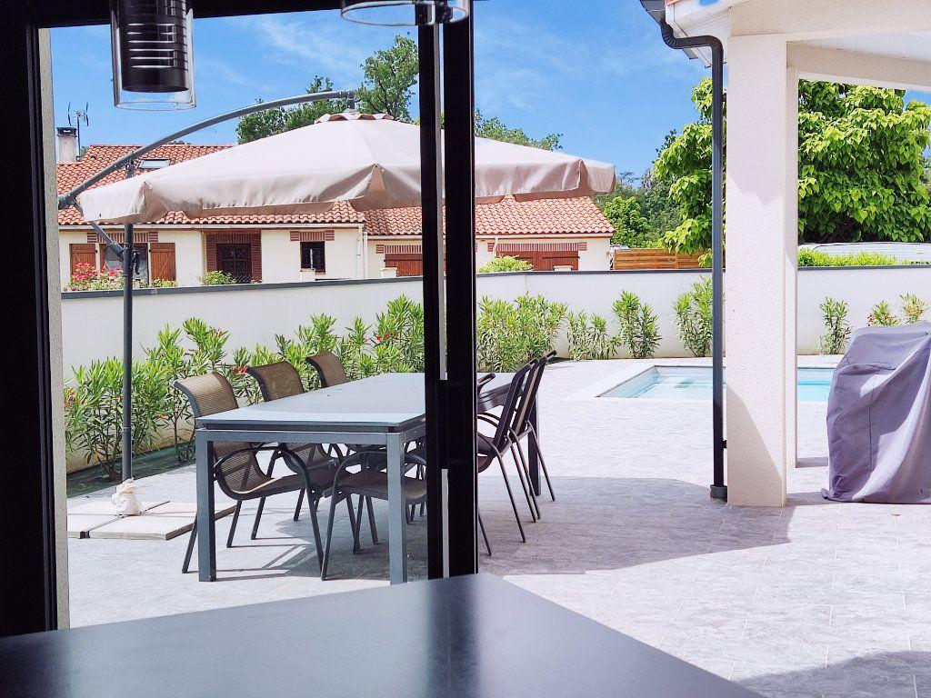Maison à vendre 7 199m2 à Lamasquère vignette-6