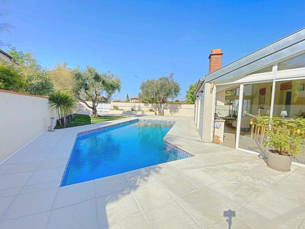 Maison à vendre 6 220m2 à Roques vignette-1