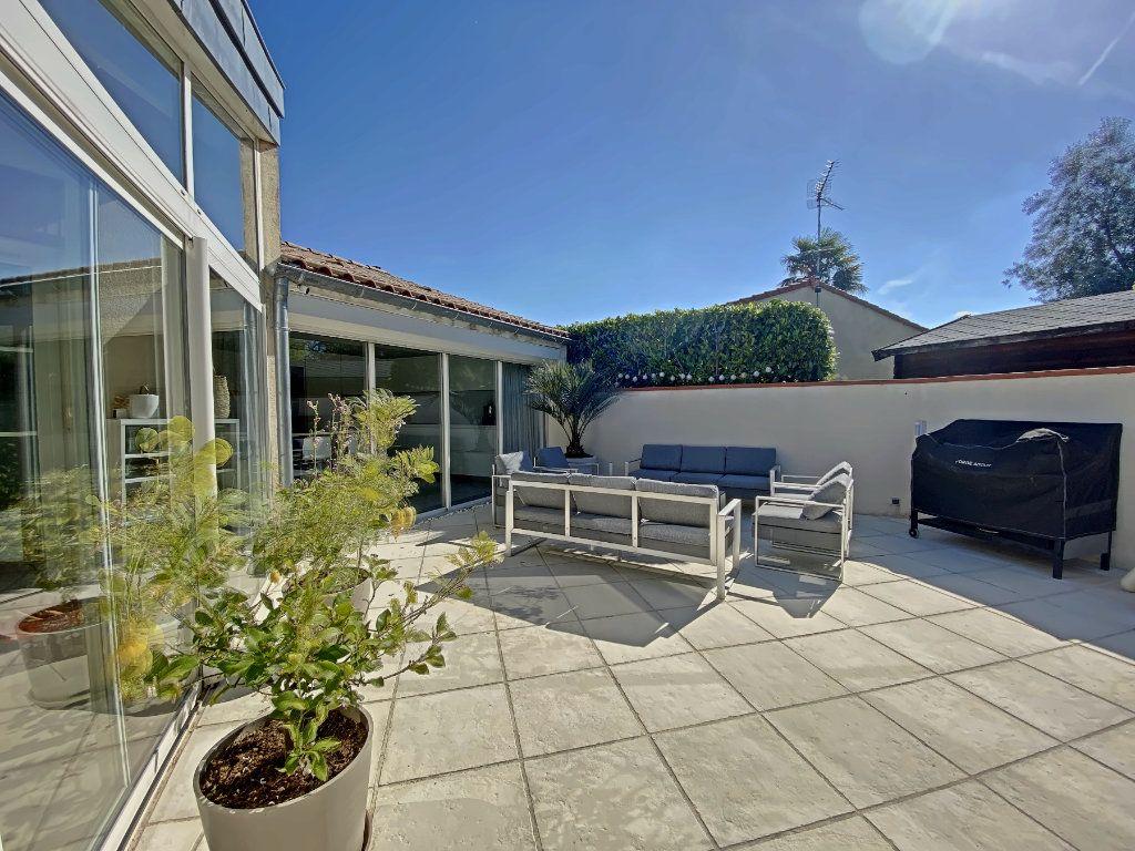 Maison à vendre 6 220m2 à Roques vignette-6