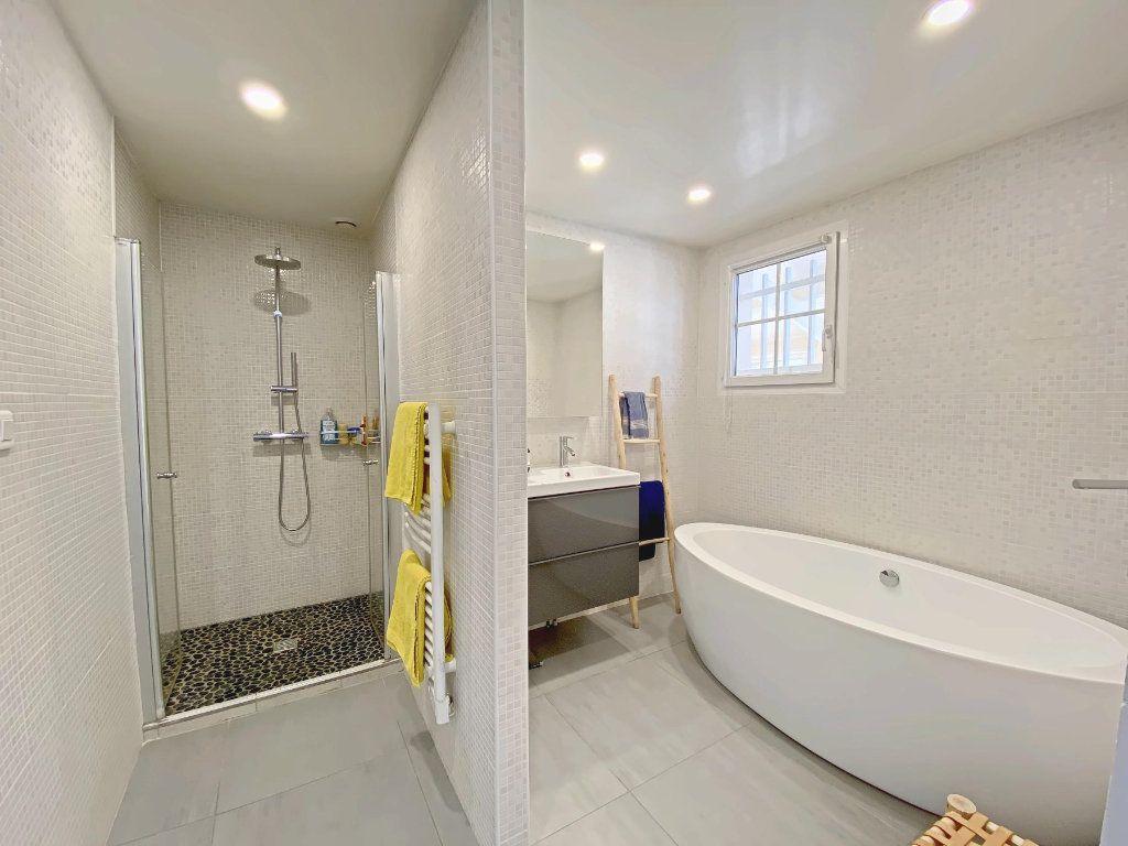 Maison à vendre 6 220m2 à Roques vignette-7