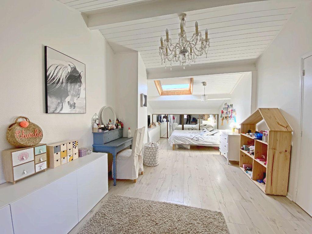 Maison à vendre 6 220m2 à Roques vignette-9