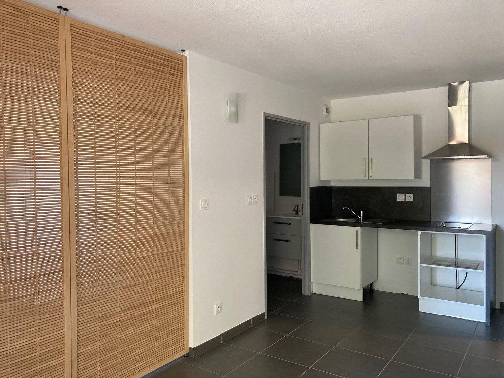 Appartement à louer 1 28.05m2 à Toulouse vignette-1