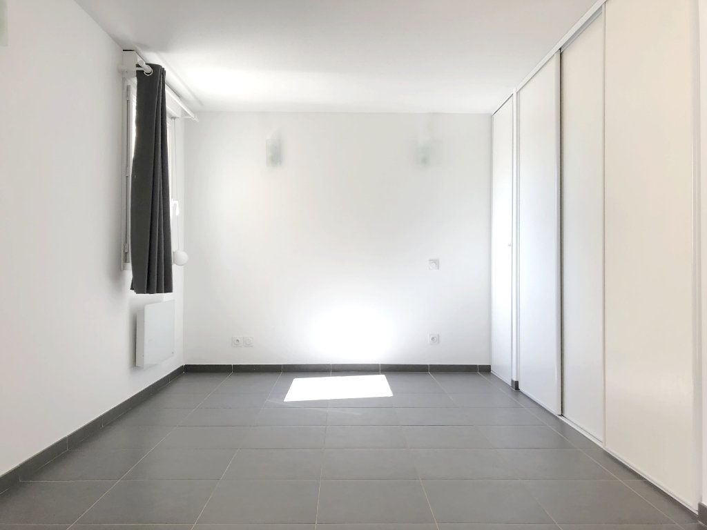 Appartement à louer 1 28.05m2 à Toulouse vignette-4