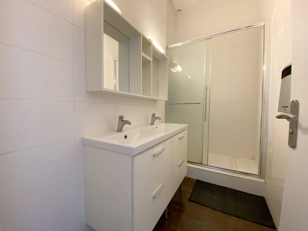 Appartement à louer 4 100m2 à Toulouse vignette-7