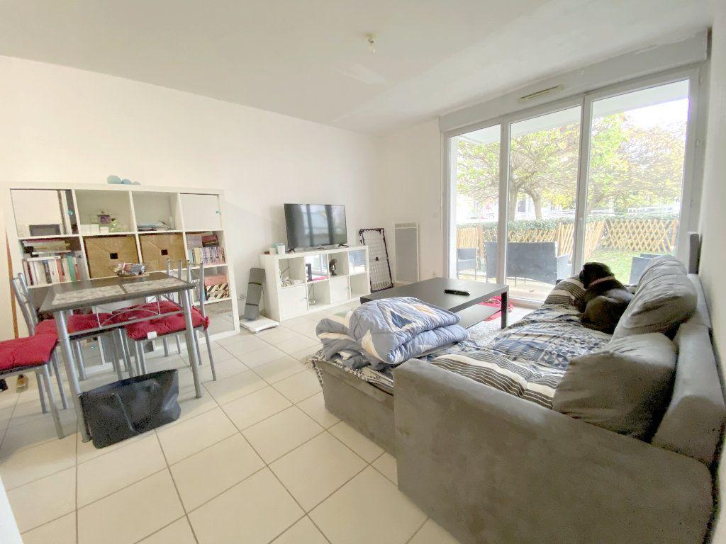 Appartement à vendre 2 41.82m2 à Toulouse vignette-2