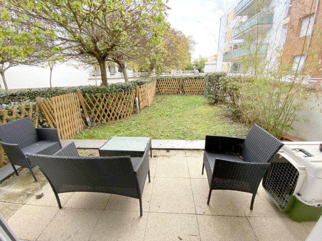 Appartement à vendre 2 41.82m2 à Toulouse vignette-4