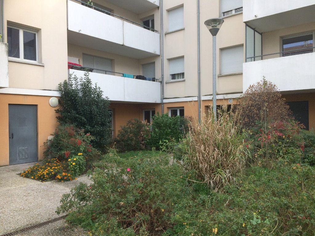 Appartement à vendre 3 65.85m2 à Toulouse vignette-1