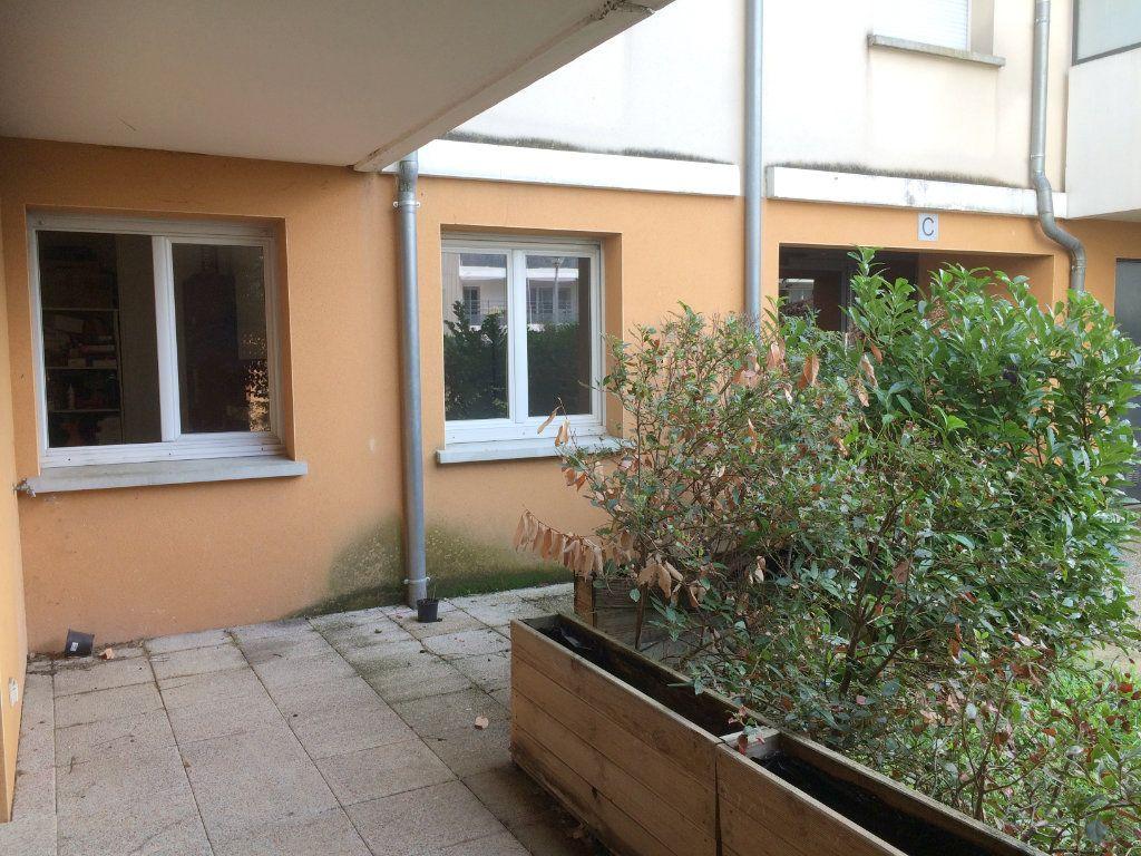 Appartement à vendre 3 65.85m2 à Toulouse vignette-7