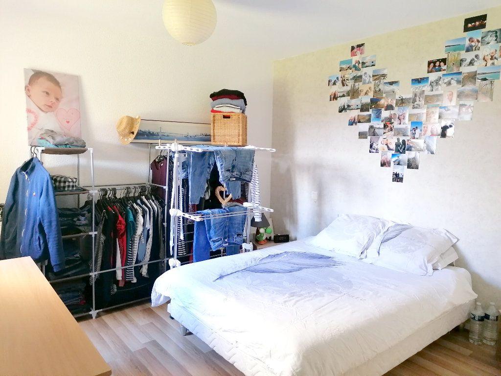Appartement à louer 2 45.72m2 à La Salvetat-Saint-Gilles vignette-7