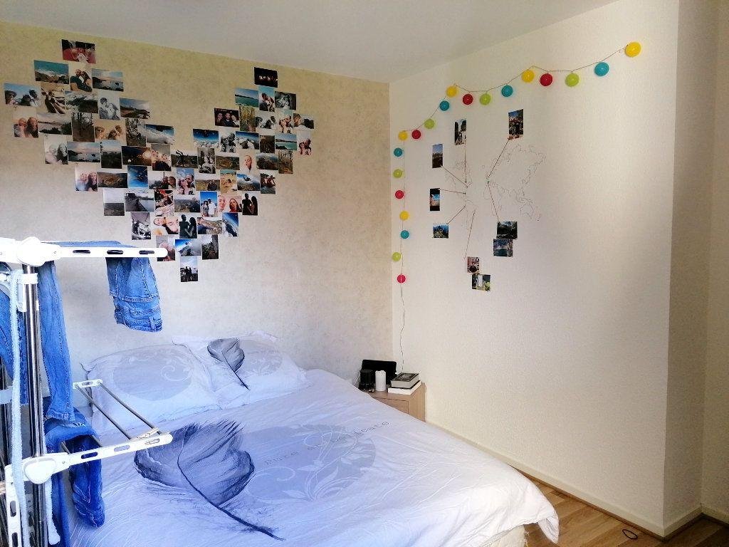 Appartement à louer 2 45.72m2 à La Salvetat-Saint-Gilles vignette-8
