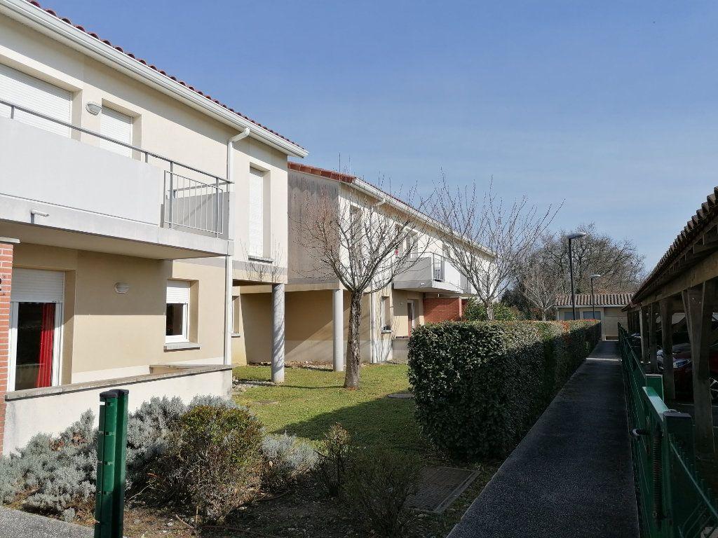 Appartement à louer 2 45.72m2 à La Salvetat-Saint-Gilles vignette-9