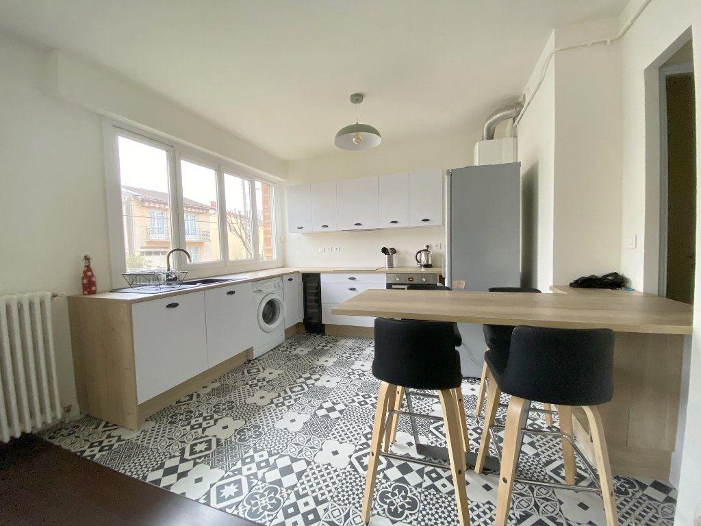 Appartement à louer 2 50.44m2 à Toulouse vignette-3