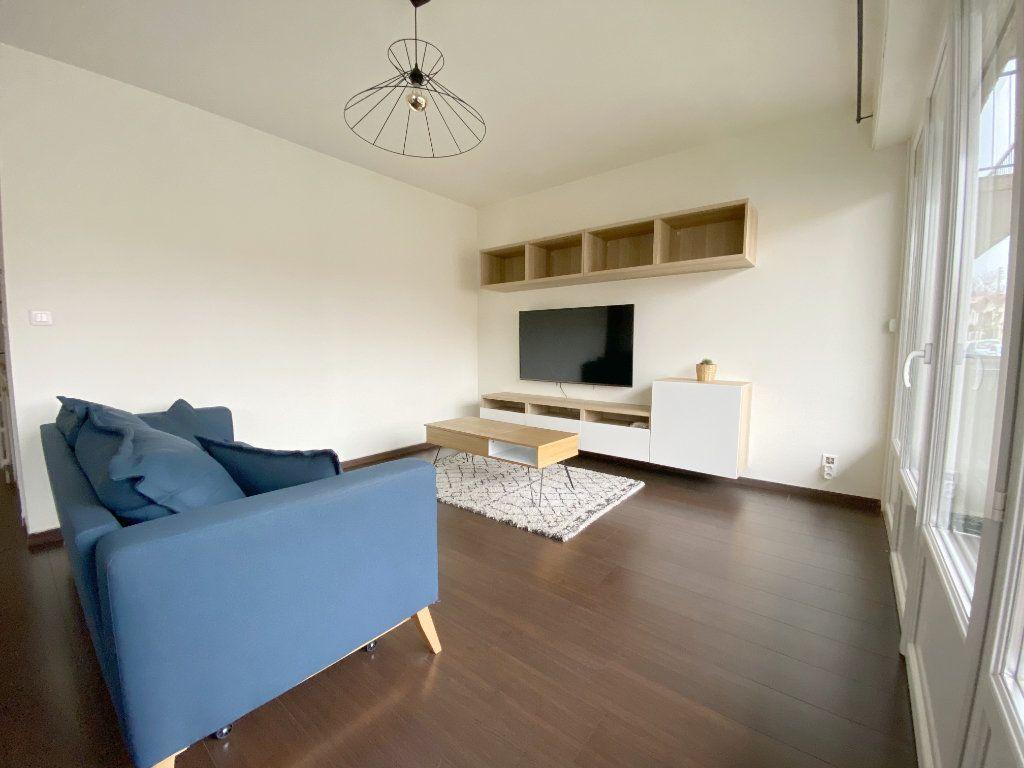 Appartement à louer 2 50.44m2 à Toulouse vignette-4