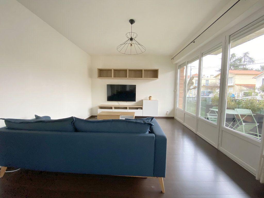 Appartement à louer 2 50.44m2 à Toulouse vignette-6