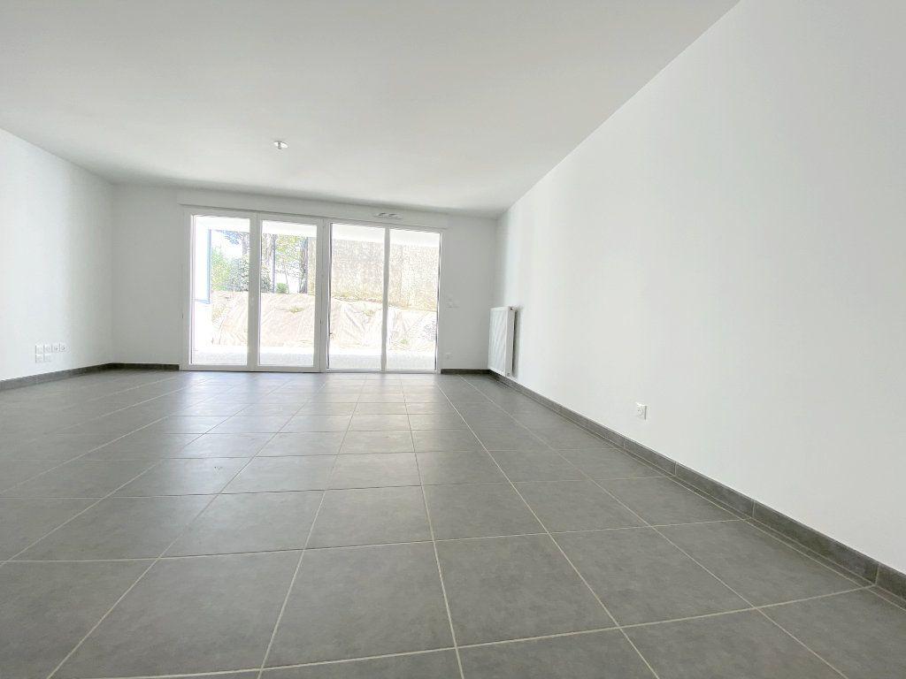 Appartement à louer 3 64.5m2 à Toulouse vignette-2