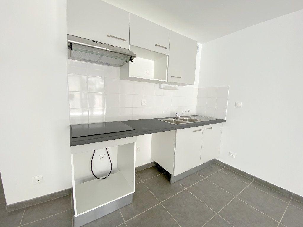 Appartement à louer 3 64.5m2 à Toulouse vignette-5