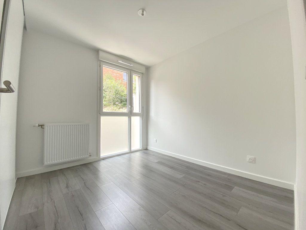Appartement à louer 3 64.5m2 à Toulouse vignette-6