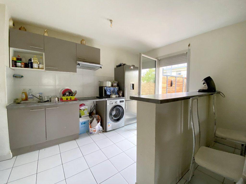 Appartement à vendre 3 64.52m2 à Toulouse vignette-3