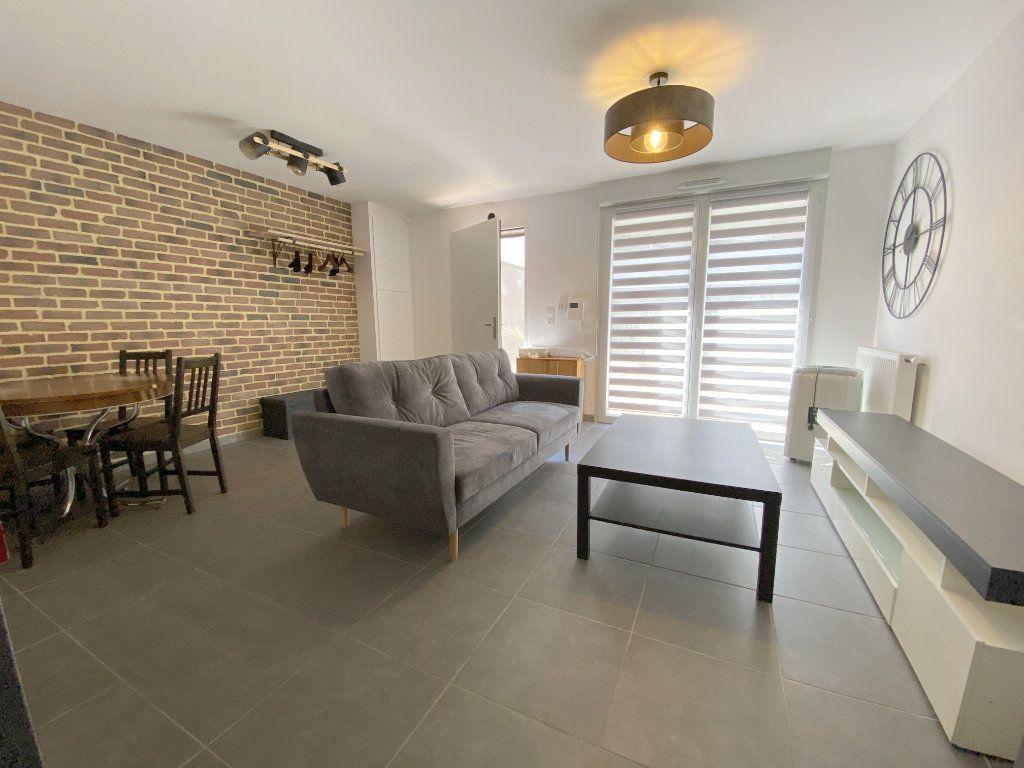 Appartement à louer 3 70.45m2 à Toulouse vignette-2