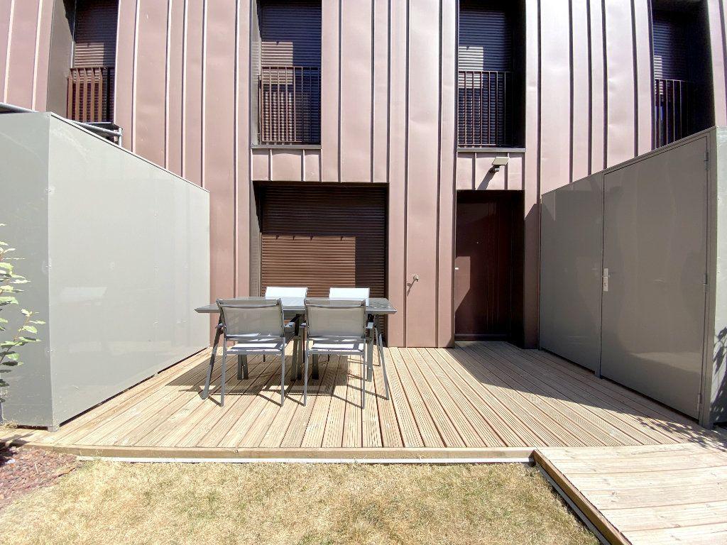 Appartement à louer 3 70.45m2 à Toulouse vignette-4