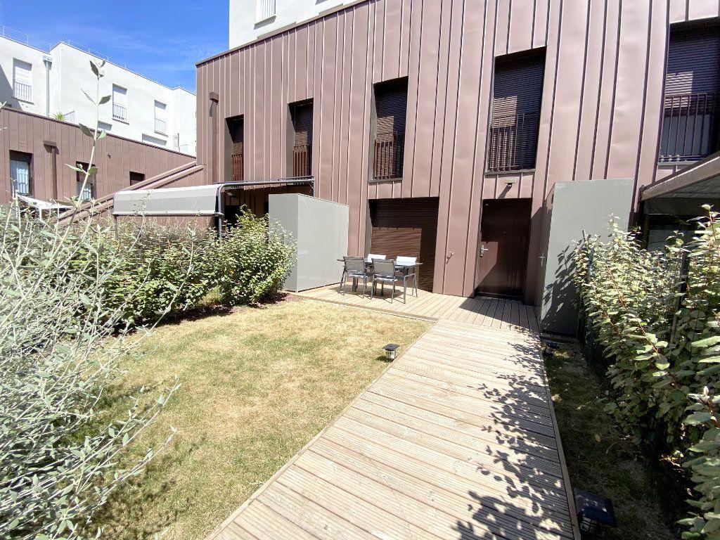 Appartement à louer 3 70.45m2 à Toulouse vignette-5