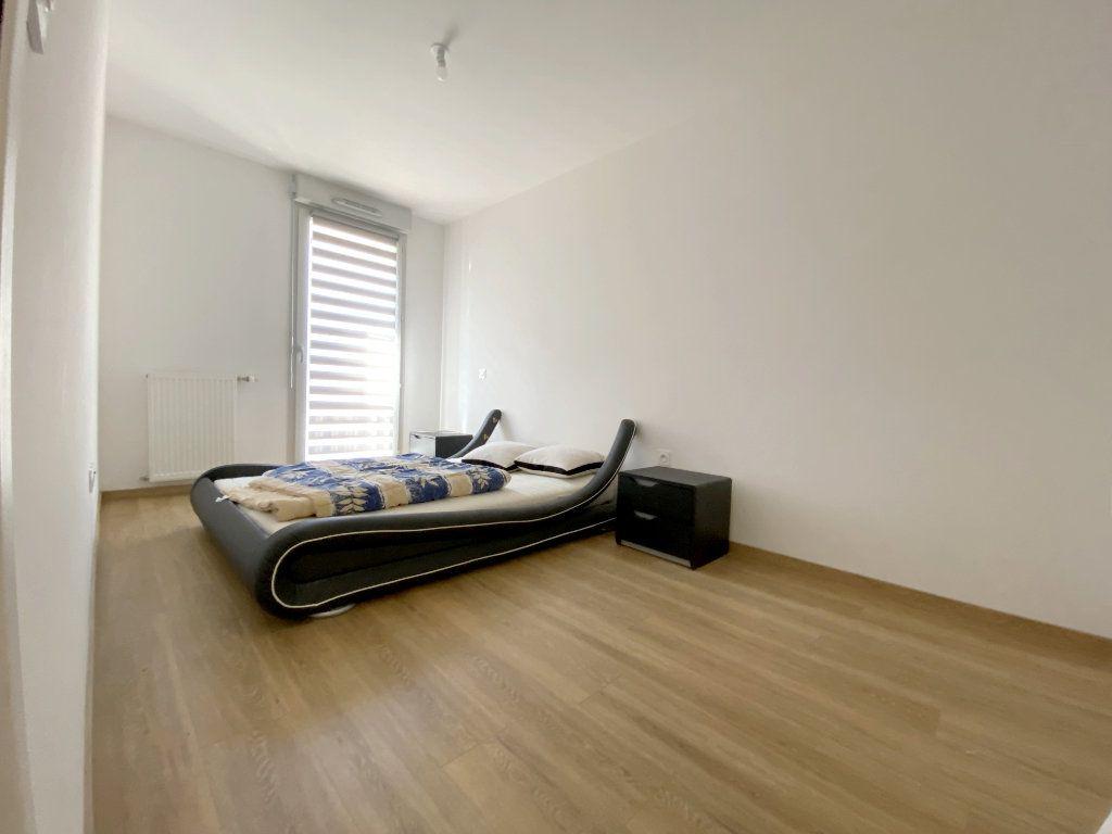 Appartement à louer 3 70.45m2 à Toulouse vignette-6