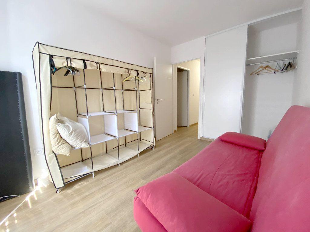 Appartement à louer 3 70.45m2 à Toulouse vignette-8