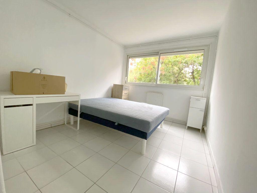 Appartement à louer 4 68.51m2 à Toulouse vignette-6