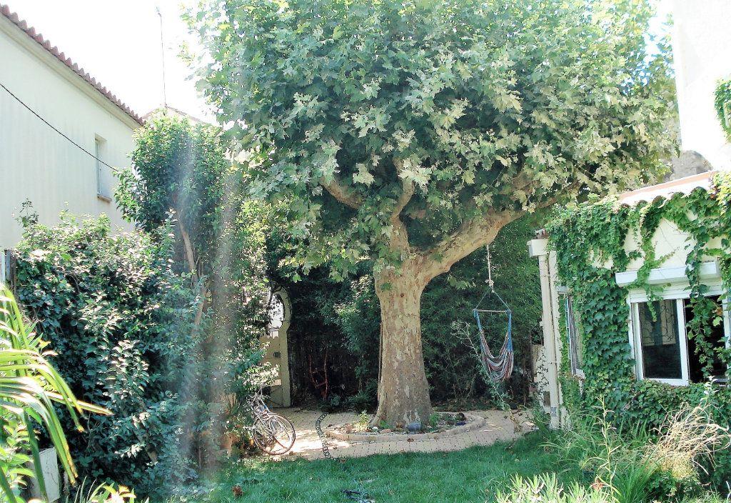 Maison à vendre 8 200m2 à Avignon vignette-4