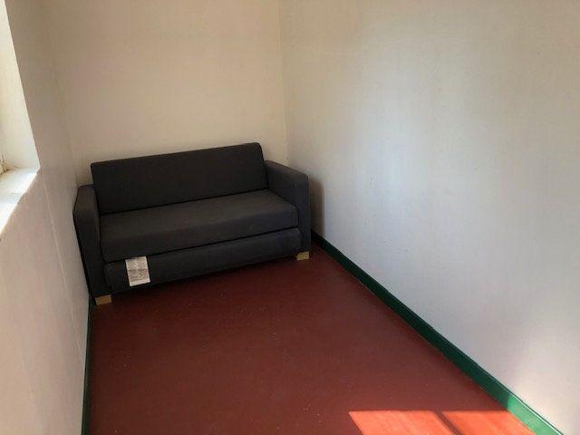 Appartement à louer 1 23m2 à Avignon vignette-3