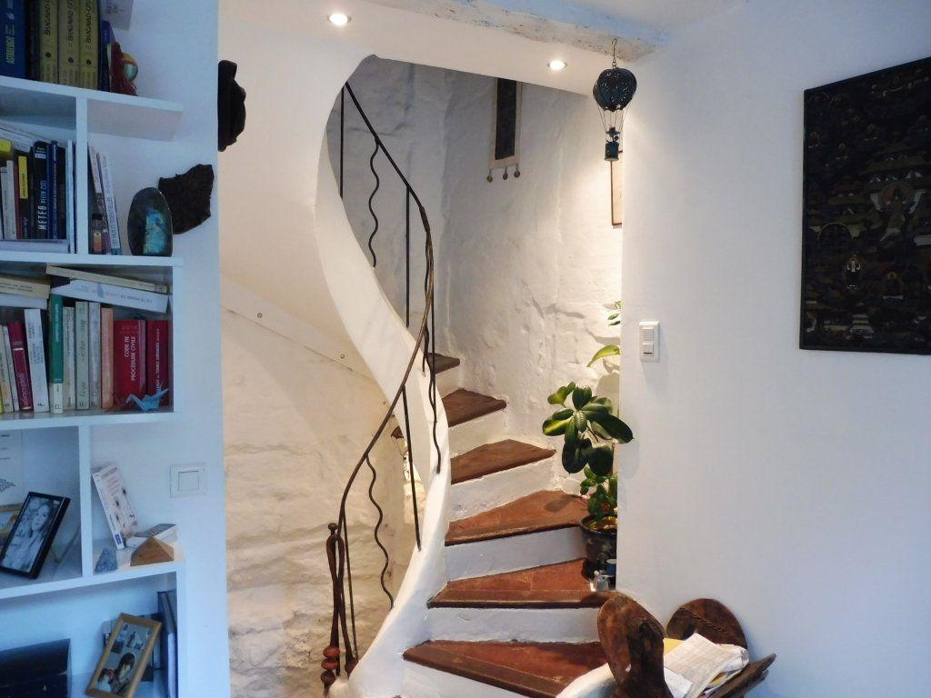 Appartement à louer 1 23m2 à Avignon vignette-5