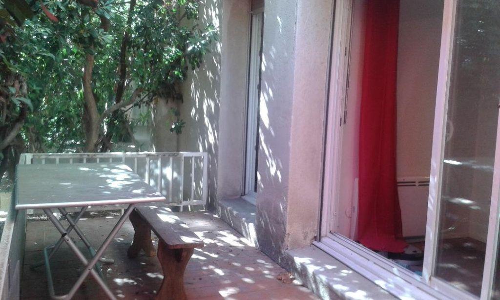 Appartement à vendre 2 48.21m2 à Avignon vignette-2