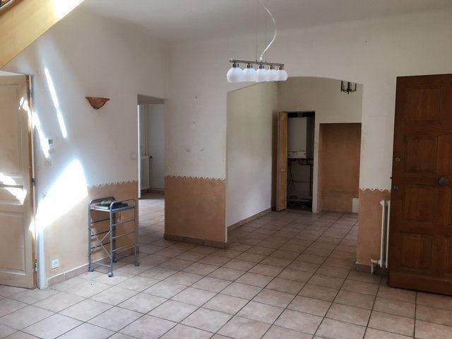 Maison à vendre 6 115m2 à Avignon vignette-3