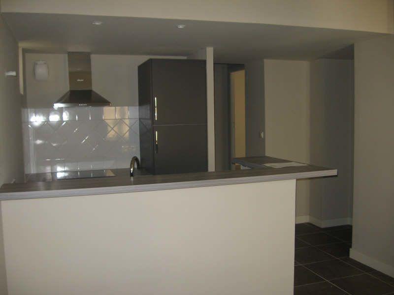 Appartement à louer 3 62.15m2 à Avignon vignette-3