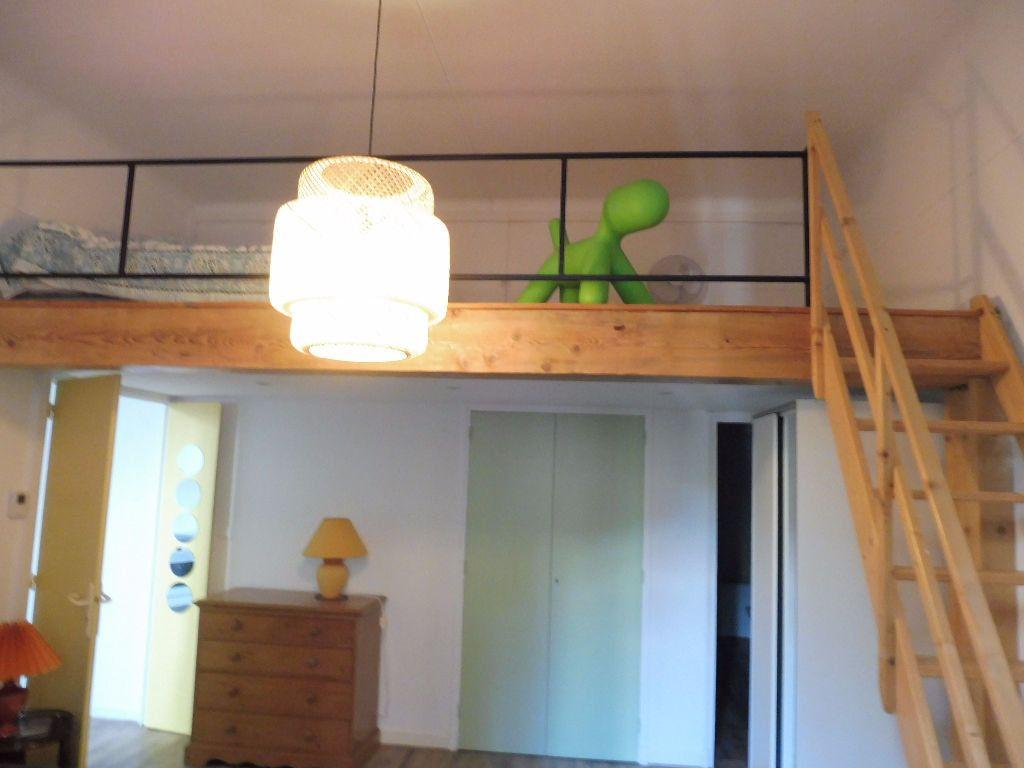 Appartement à louer 2 42m2 à Avignon vignette-8
