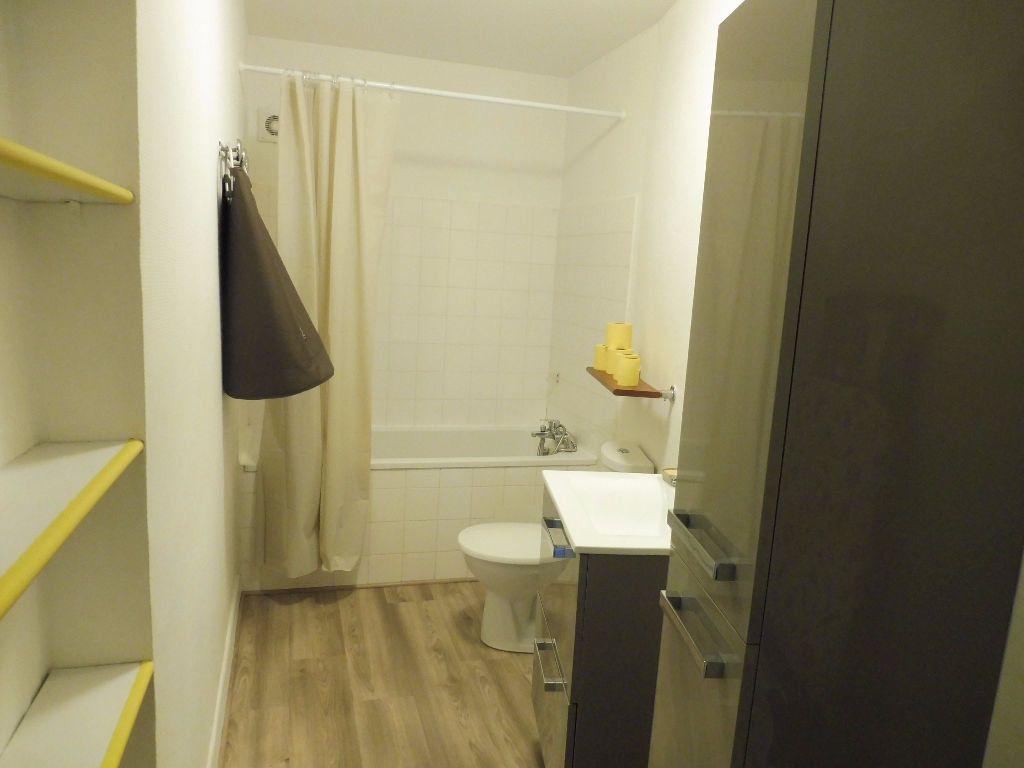 Appartement à louer 2 42m2 à Avignon vignette-9