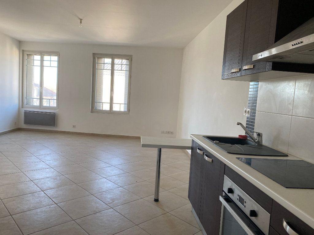 Appartement à vendre 2 48.8m2 à Avignon vignette-1