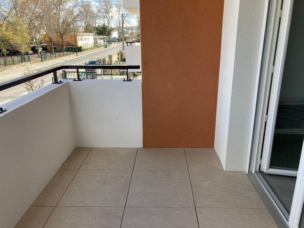 Appartement à louer 2 38.4m2 à Avignon vignette-7