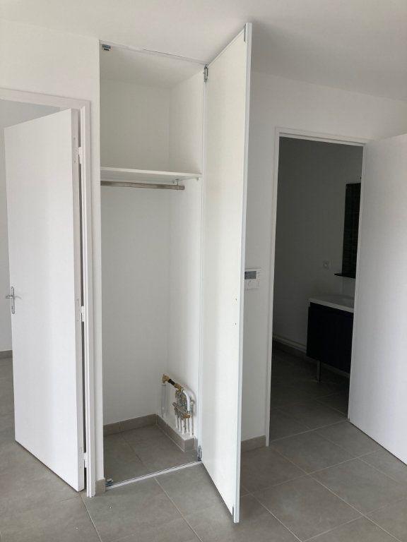 Appartement à louer 2 39.2m2 à Avignon vignette-7