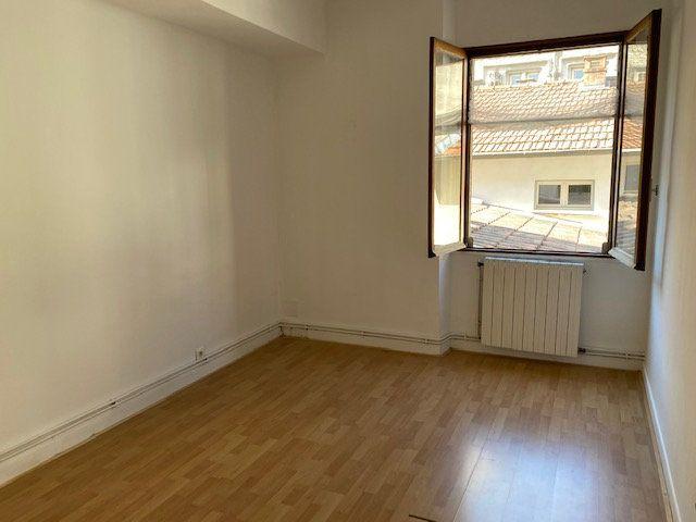 Appartement à louer 3 74m2 à Avignon vignette-5